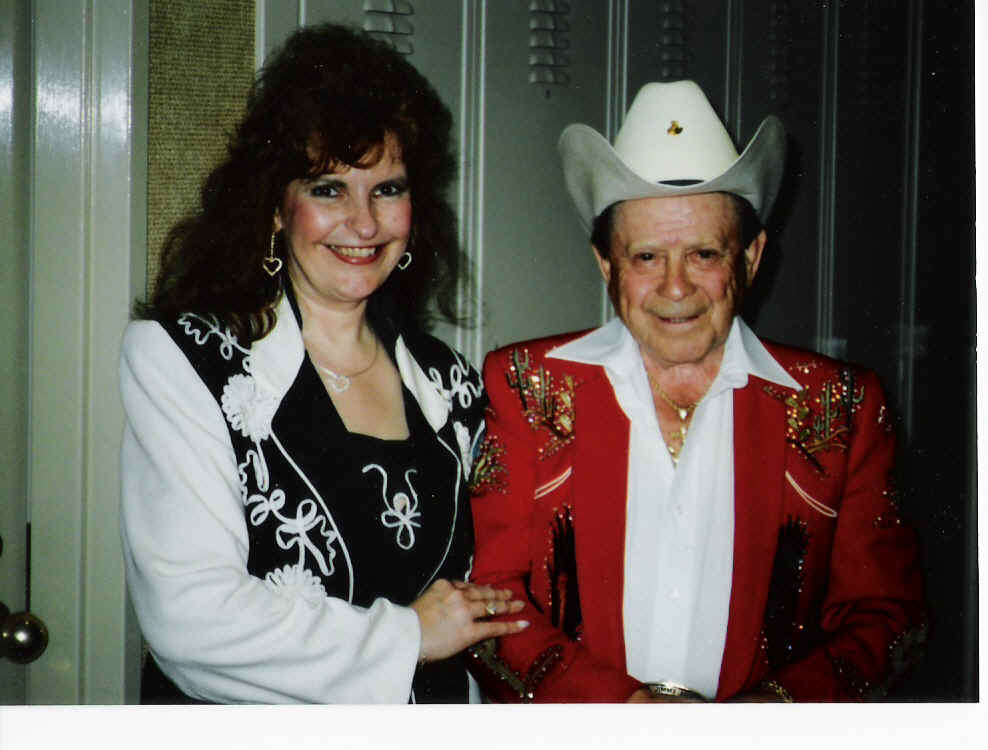 Little Jimmy Dickens and Anne Marie.jpg (249007 bytes)